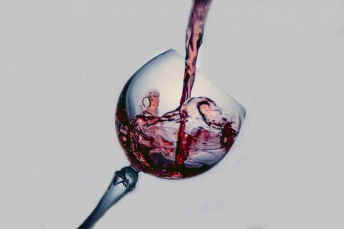 Vinho sem vestígios de proteínas animais